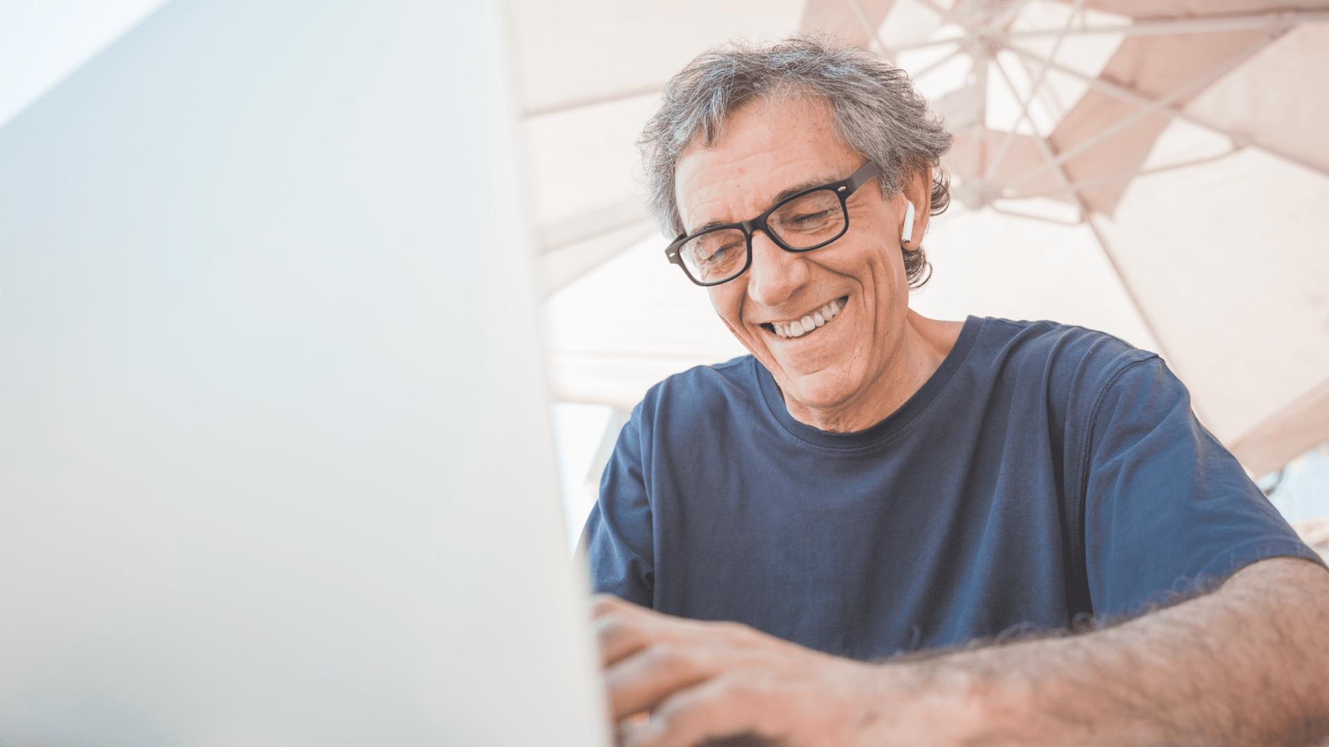 Quais são os benefícios da tecnologia para a terceira idade?